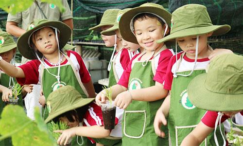 """2Cùng bé khám phá """"Funny Farm"""" tại trường SaiGon Academy"""
